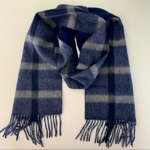 NWT Nordstrom | 100% Cashmere Navy and Cream Scarf